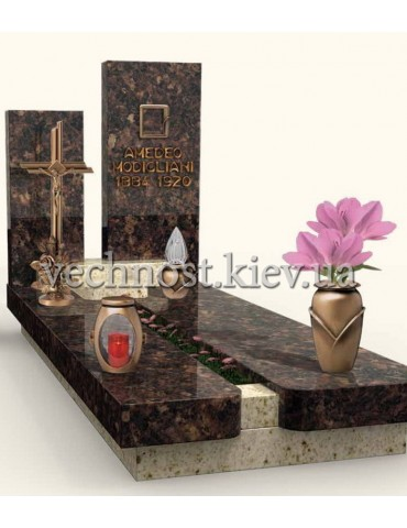 Памятник из мрамора Италия 8