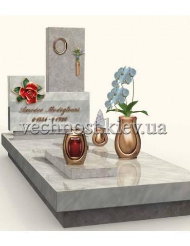 Памятник из мрамора Италия 11